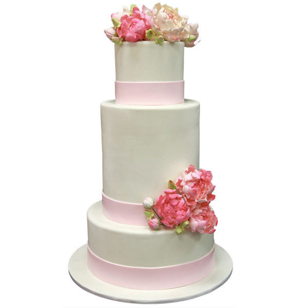 Average Cost For Wedding Cakes  35 Ways to Save Money on Wedding Desserts BridalGuide