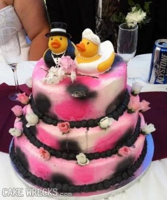 Bad Wedding Cakes  Wedding Cakes So Bad You Might Reconsider Getting Married