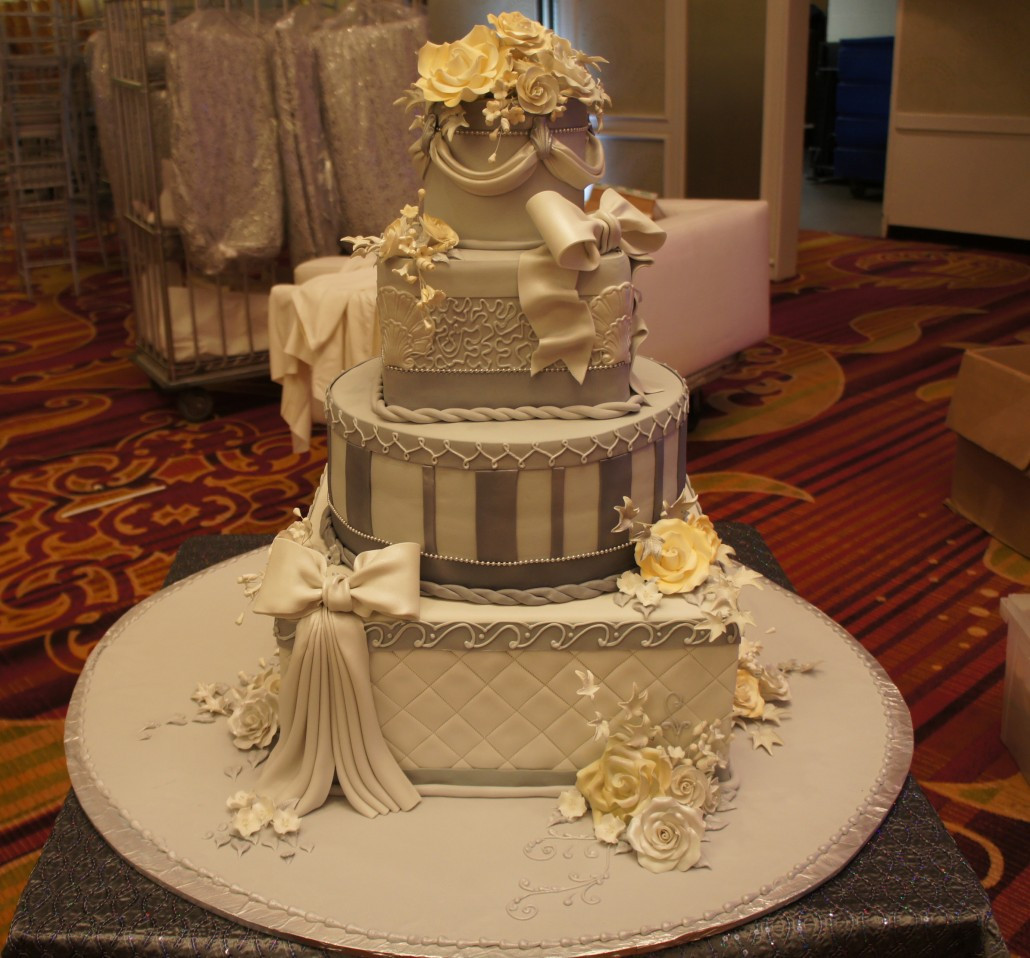 Bakery Wedding Cakes  Wedding Cakes Classic Bakery