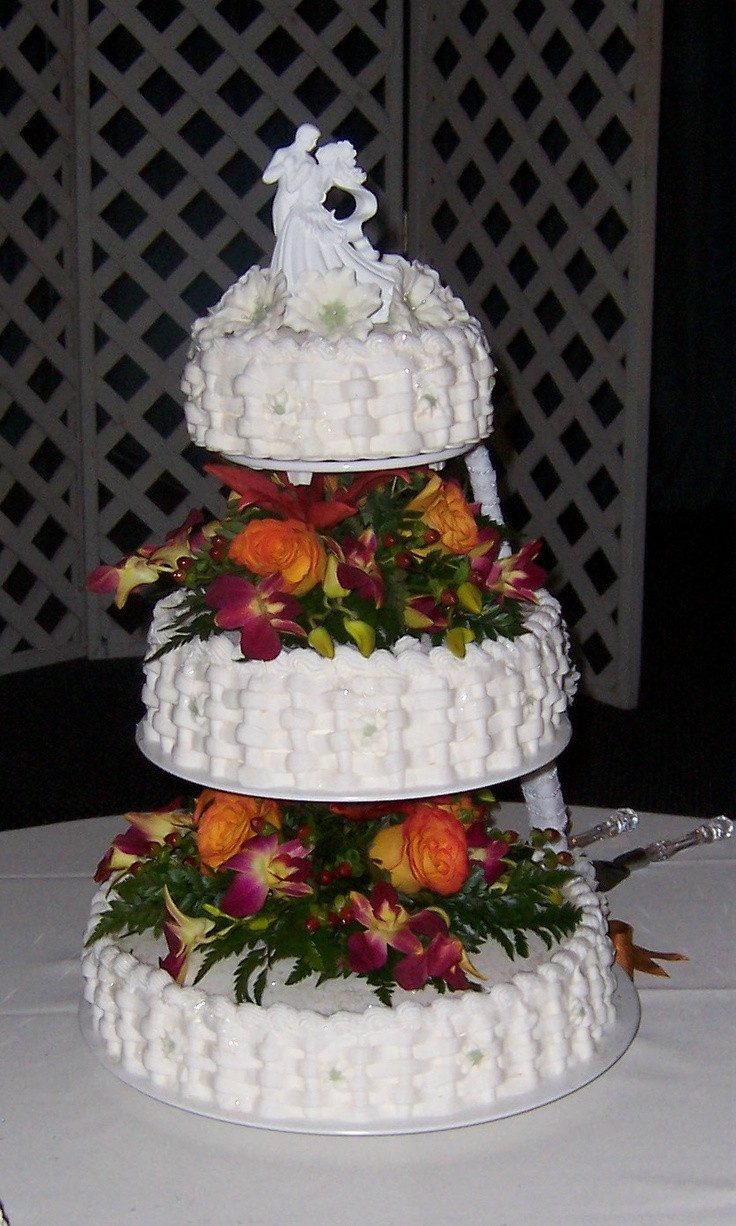 Basket Weave Wedding Cakes  Basket weave wedding cake Cakes