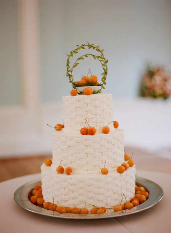 Basket Weave Wedding Cakes  Real Wedding Claire & Matt