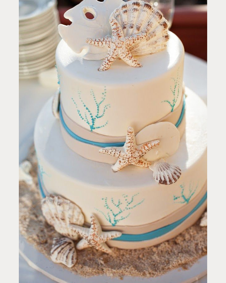Beach Wedding Cakes Pictures  50 Beach Wedding Cakes for your Vows by the Sea Mon