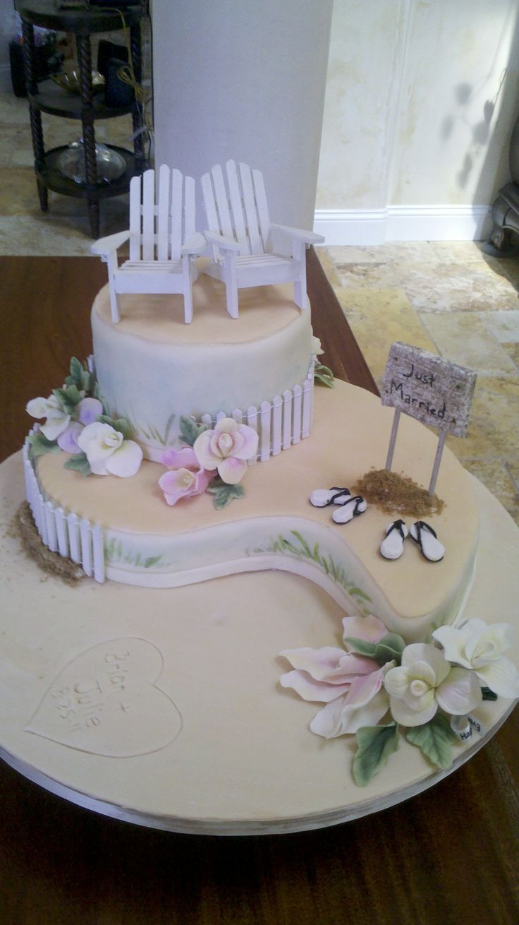 Beach Wedding Cakes Pictures  How To Make A Beach Chair With Fondant WoodWorking