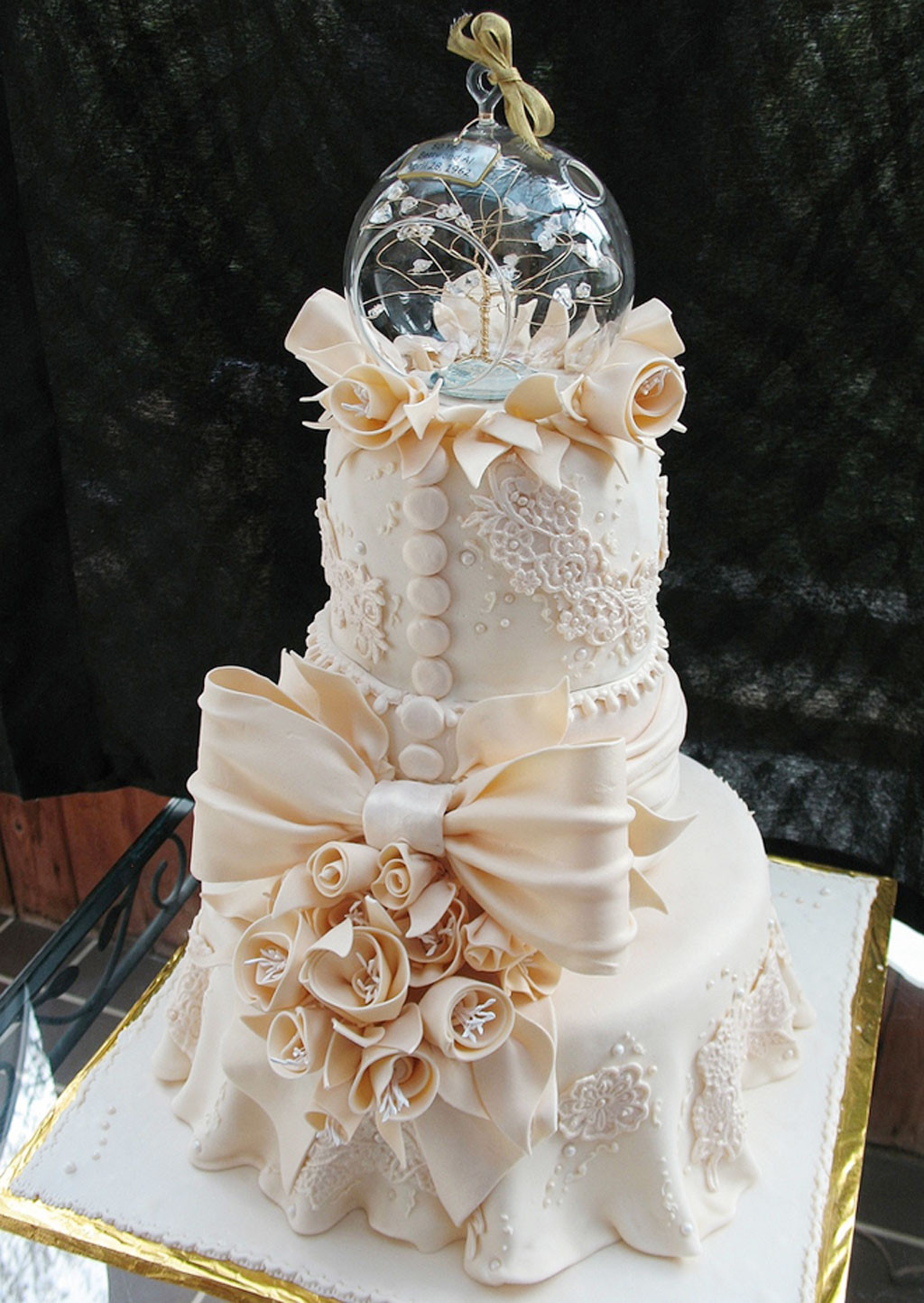 Beautiful Wedding Cakes Pictures  Crazy Beautiful Wedding Cakes Wedding Cake Cake Ideas by
