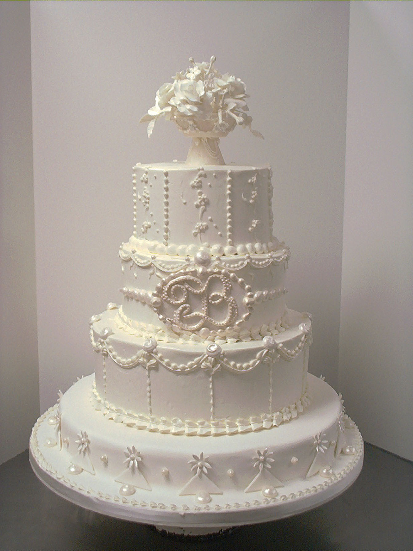 Beautiful Wedding Cakes Pictures  10 Beautiful Wedding Cakes We Love