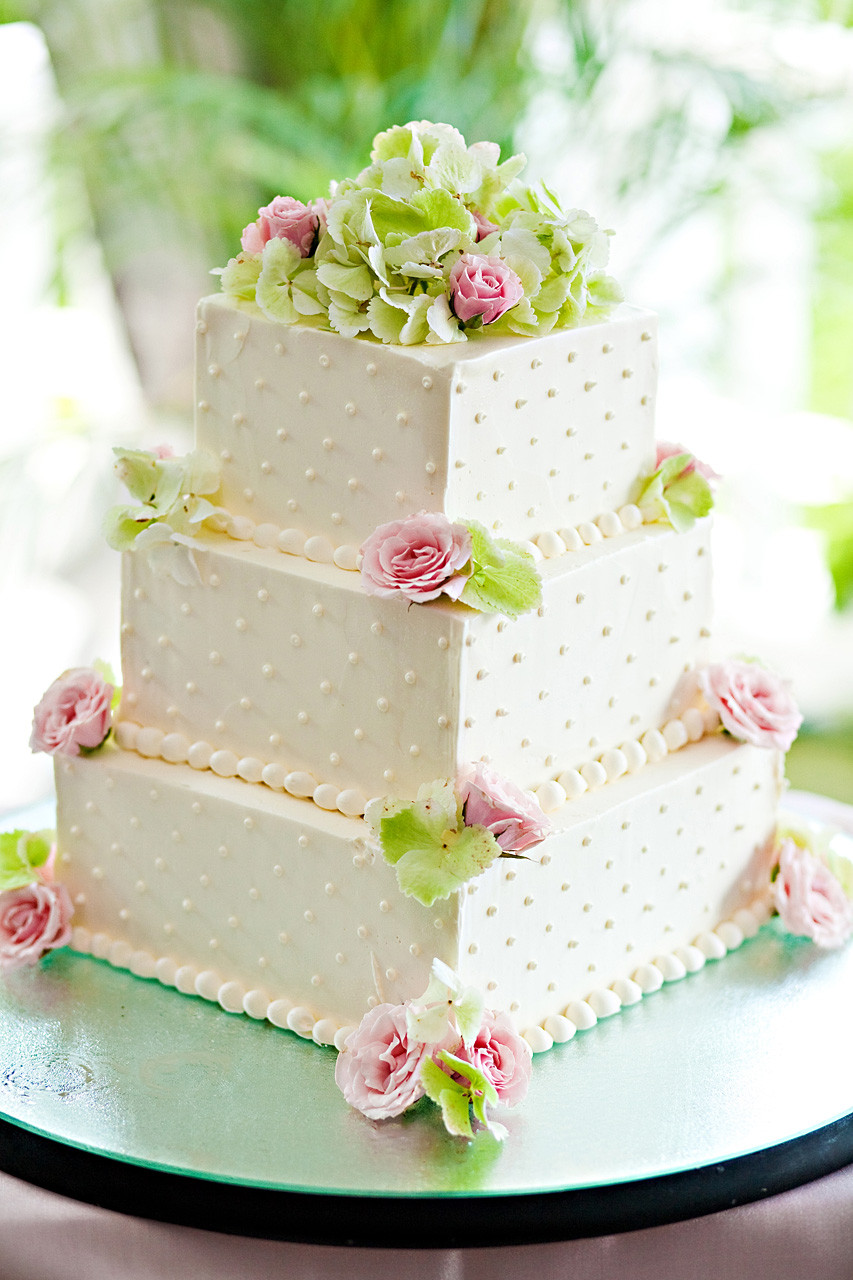 Best Icing For Wedding Cakes  Best wedding cake icing idea in 2017