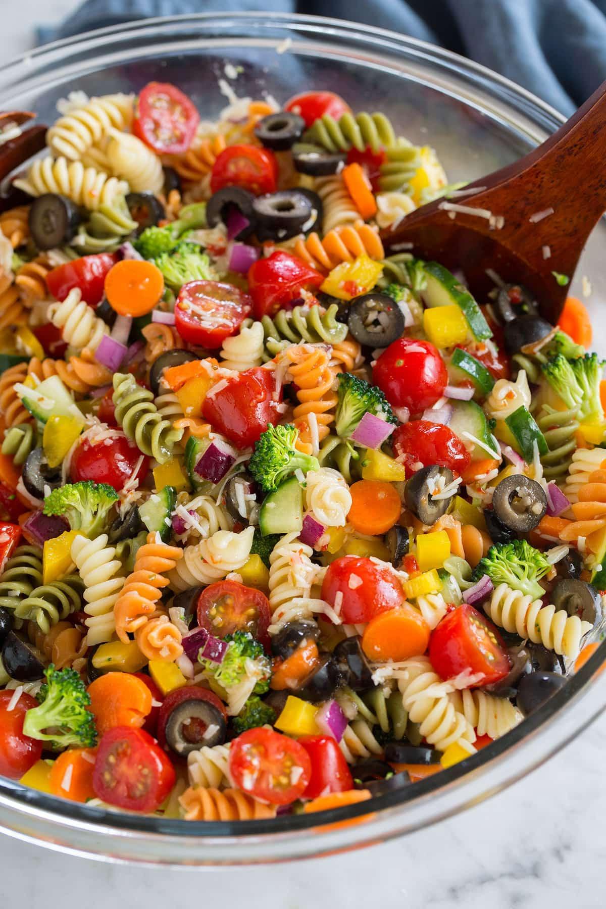 Best Summer Pasta Salad  Pasta Salad Recipe SO Easy
