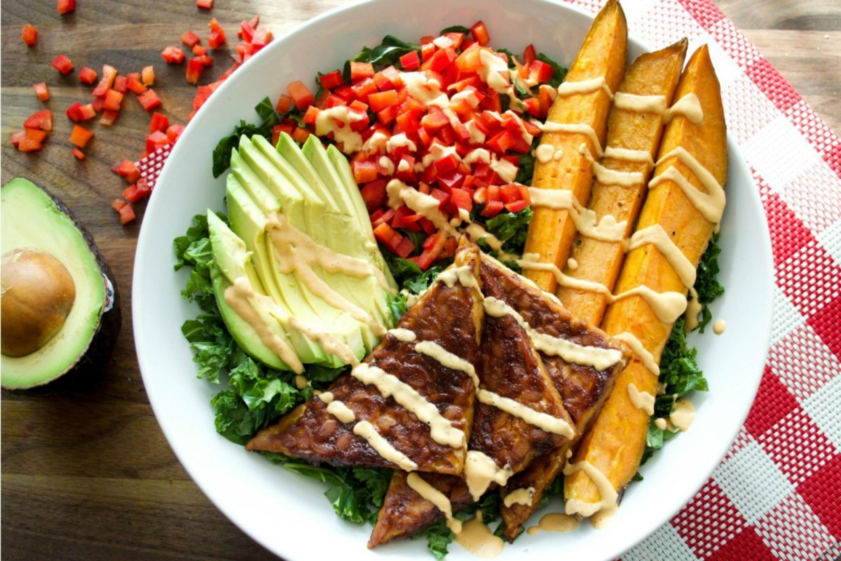 Best Summer Vegetarian Recipes  10 Recipes That Show the Best Summer Meals e in Bowls