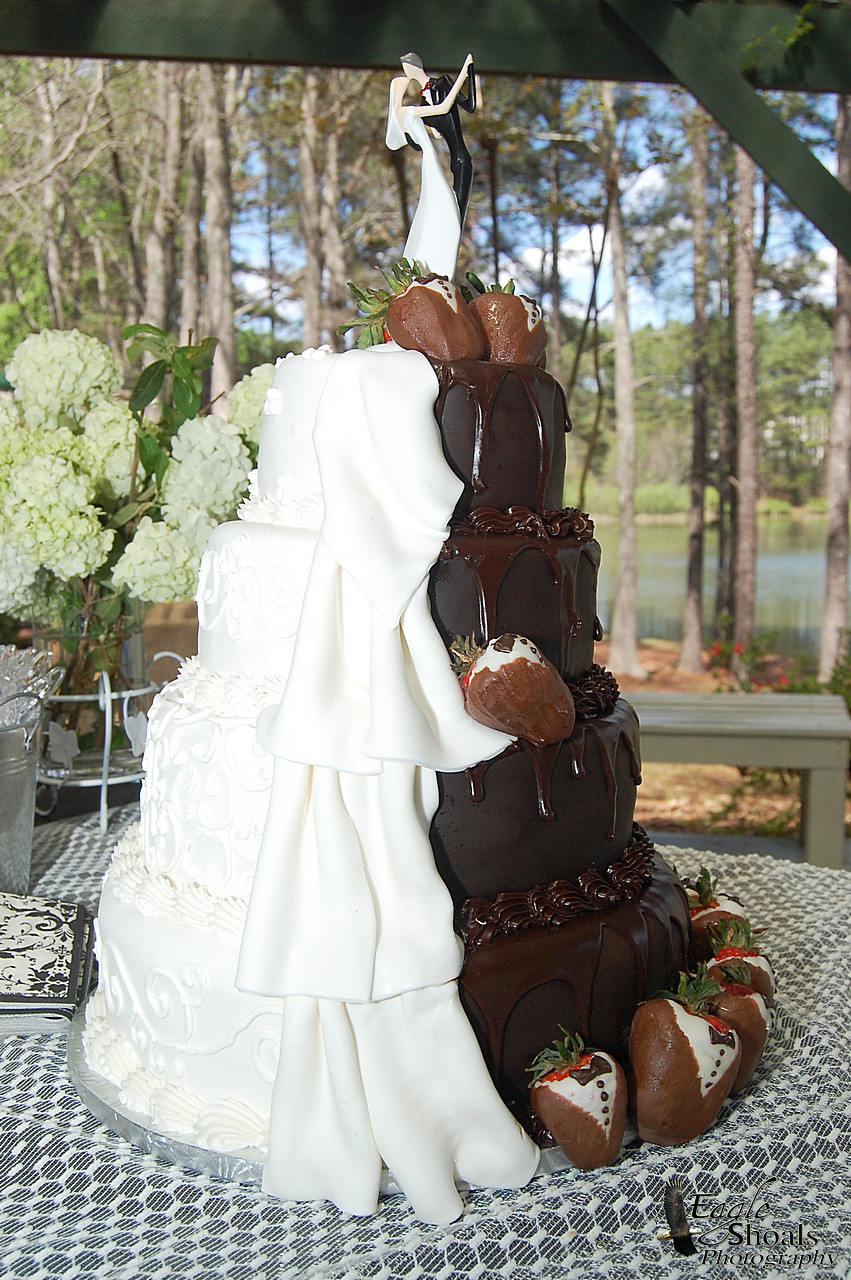 Best Wedding Cakes Ever  The best wedding cakes ever idea in 2017