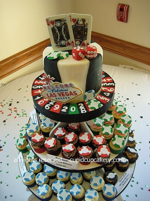 Best Wedding Cakes Las Vegas  1000 images about Las Vegas Wedding Cakes on Pinterest