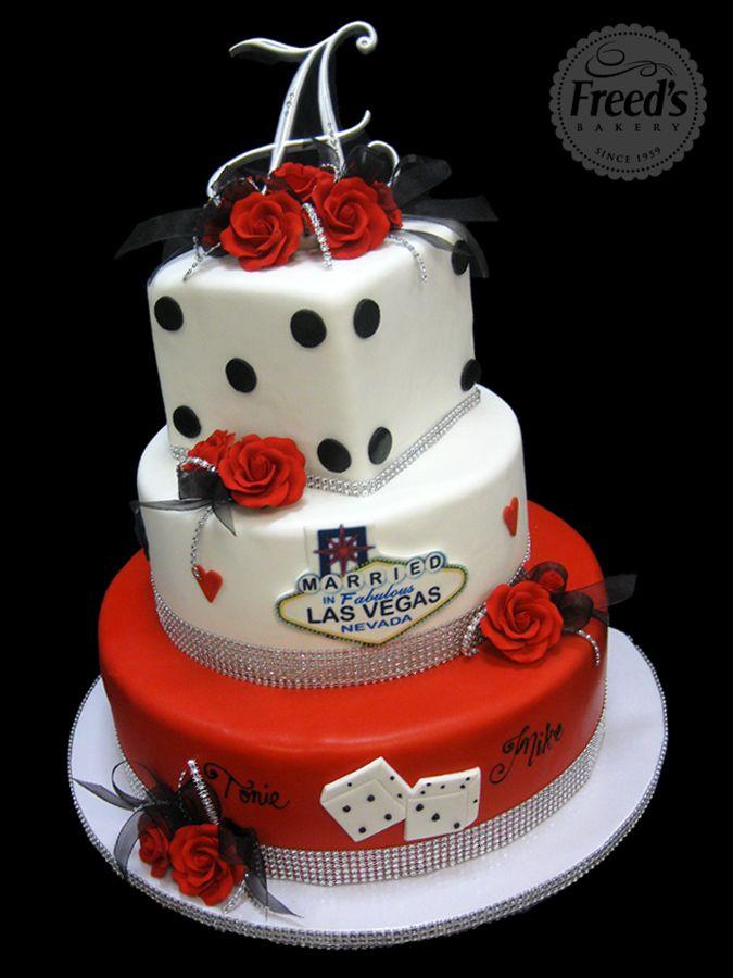 Best Wedding Cakes Las Vegas  25 best ideas about Vegas themed wedding on Pinterest