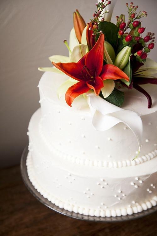 Best Wedding Cakes Seattle  Seattle wedding cake idea in 2017
