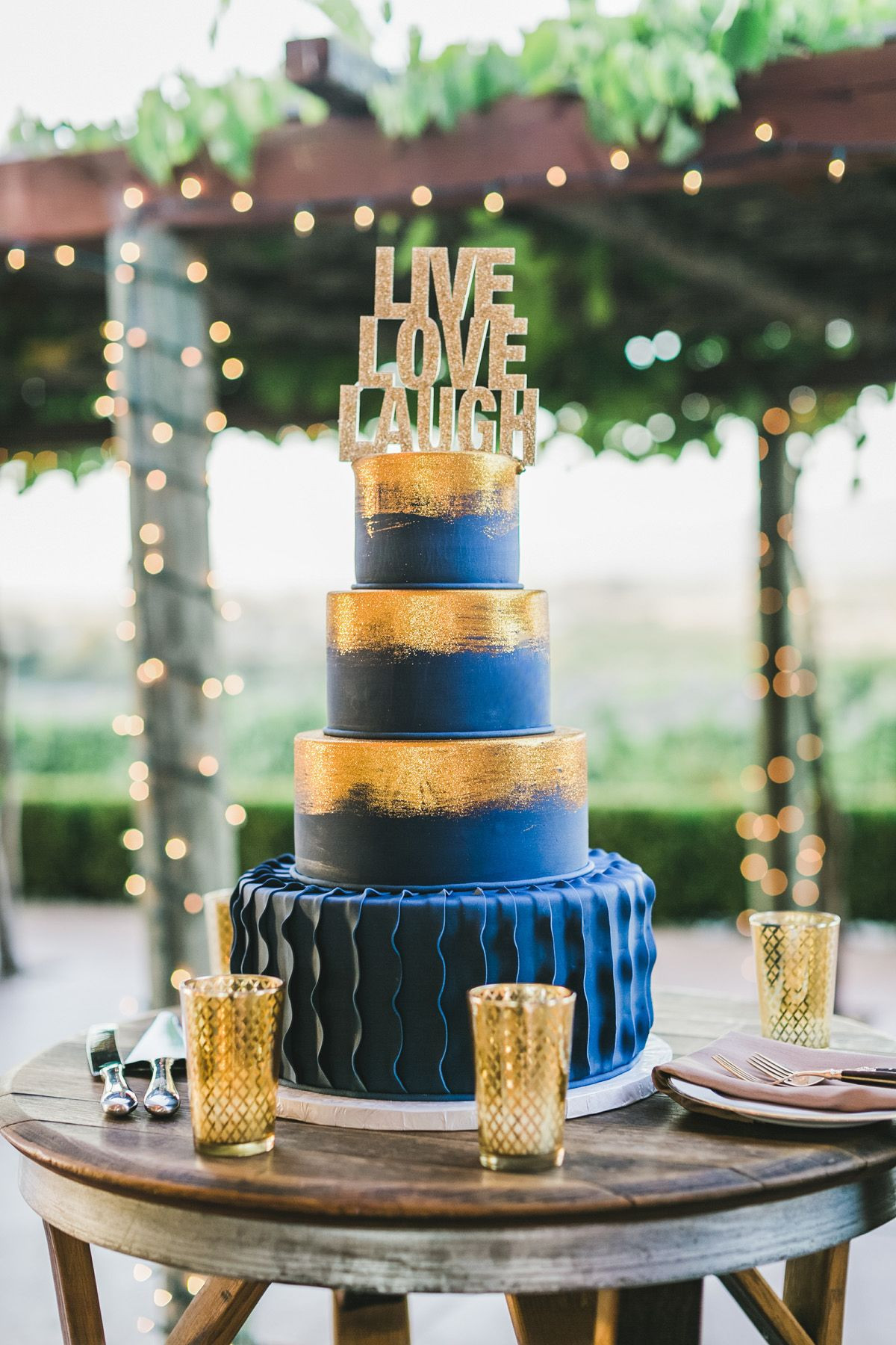 Blue And Gold Wedding Cakes  Gold and Blue Fondant Wedding Cake