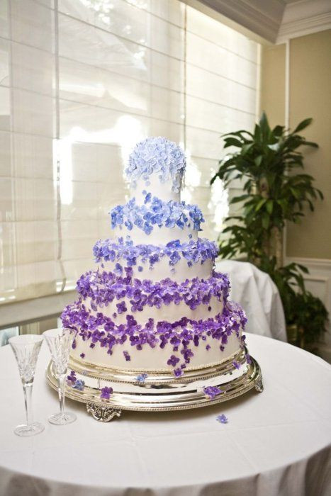 Blue And Purple Wedding Cakes  7 Royal Blue And Purple Wedding Cakes Ideas Blue