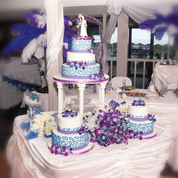 Blue And Purple Wedding Cakes  Purple and blue wedding cakes idea in 2017