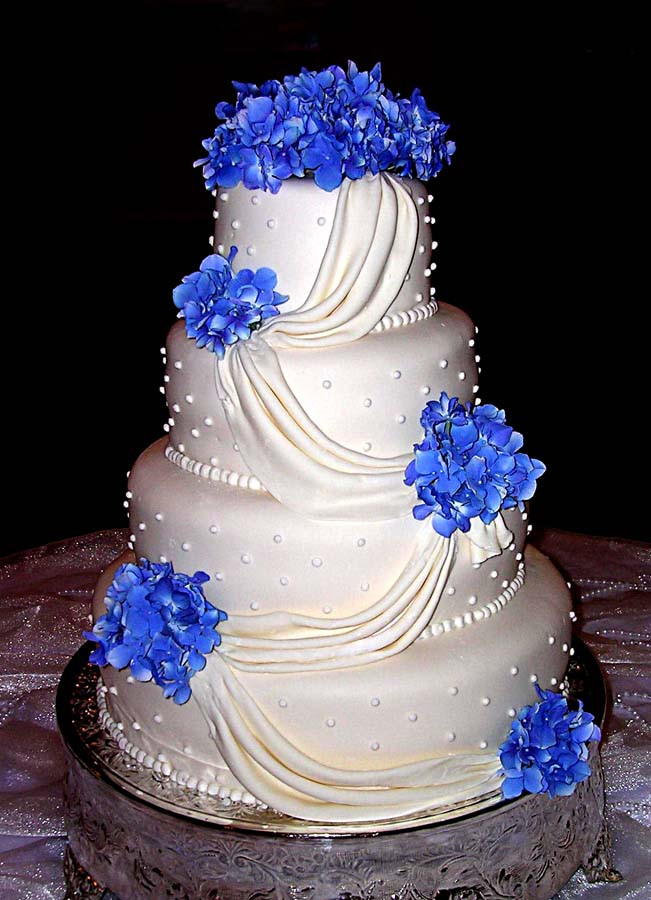 Blue And White Wedding Cakes  Inner Peace In Your Life The Most Beautiful Wedding Cake