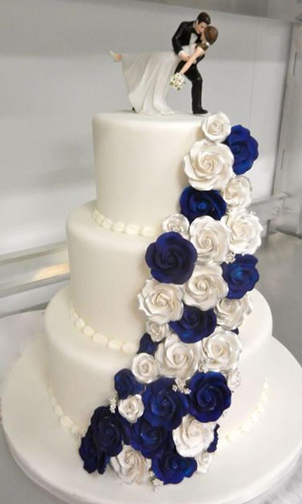 Blue And White Wedding Cakes  Wedding Cake Blue and White Rose