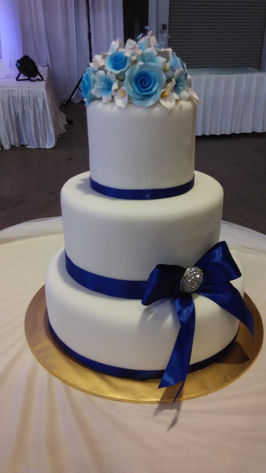 Blue And White Wedding Cakes  jujucupcakes Royal Blue and Purple themed wedding cakes