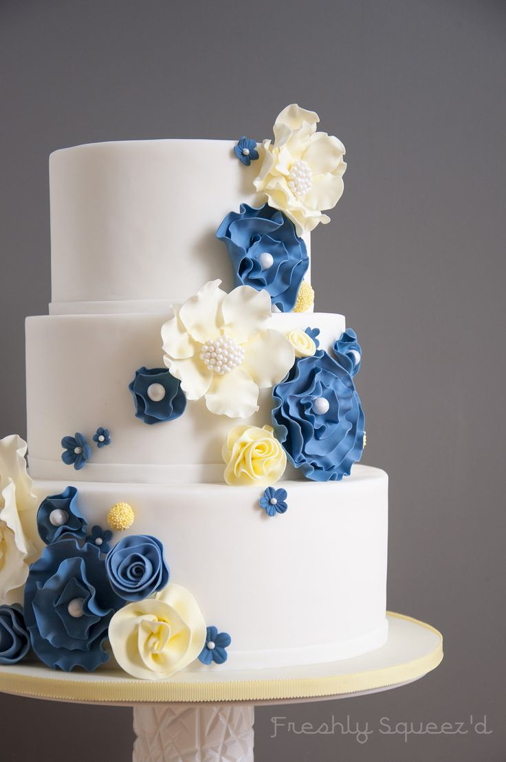 Blue And Yellow Wedding Cakes  Blue and yellow wedding cake idea in 2017