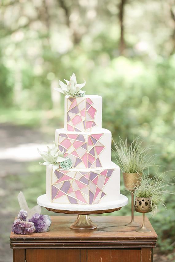 Bohemian Wedding Cakes  Modern bohemian wedding inspiration