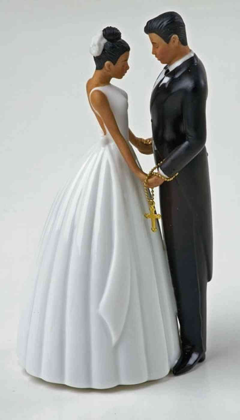 Bride And Groom Toppers For Wedding Cakes  Ty Wilson Hispanic Bride and Groom Wedding Cake Topper