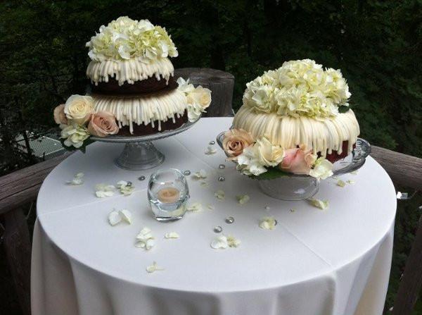 Bundt Wedding Cake  Nothing Bundt Cakes Corte Madera CA Wedding Cake