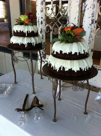 Bundt Wedding Cake  Nothing Bundt Cakes Wedding Cake Corte Madera CA
