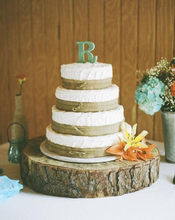 Burlap Wedding Cakes  10 Amazing Burlap Wedding Cakes Rustic Wedding Chic