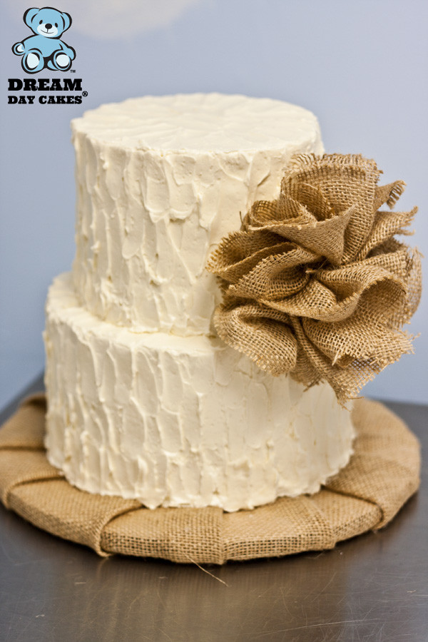 Burlap Wedding Cakes  Yellow and Burlap Wedding