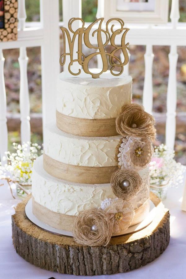 Burlap Wedding Cakes  15 Rustic Lace and Burlap Wedding Ideas to Love