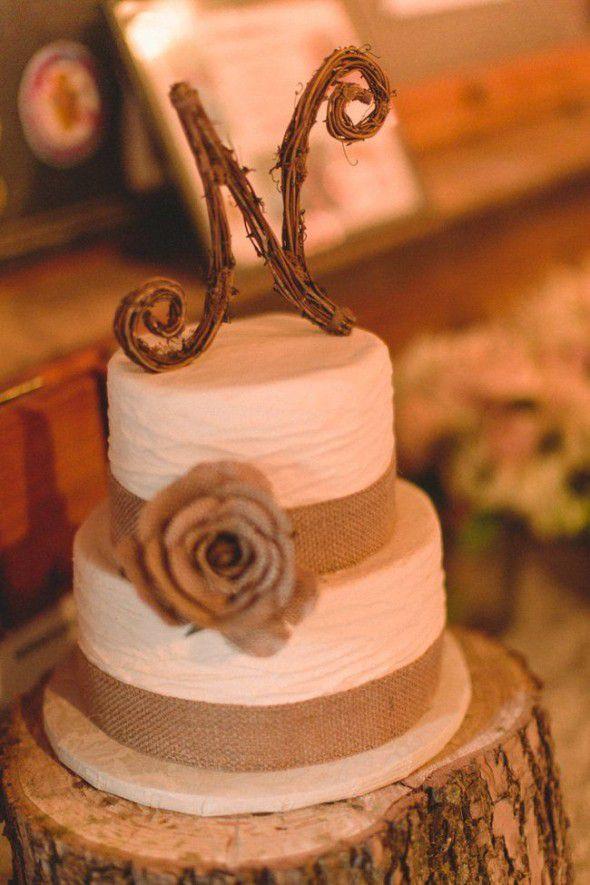 Burlap Wedding Cakes  Country Wedding Cake Ideas Rustic Wedding Chic