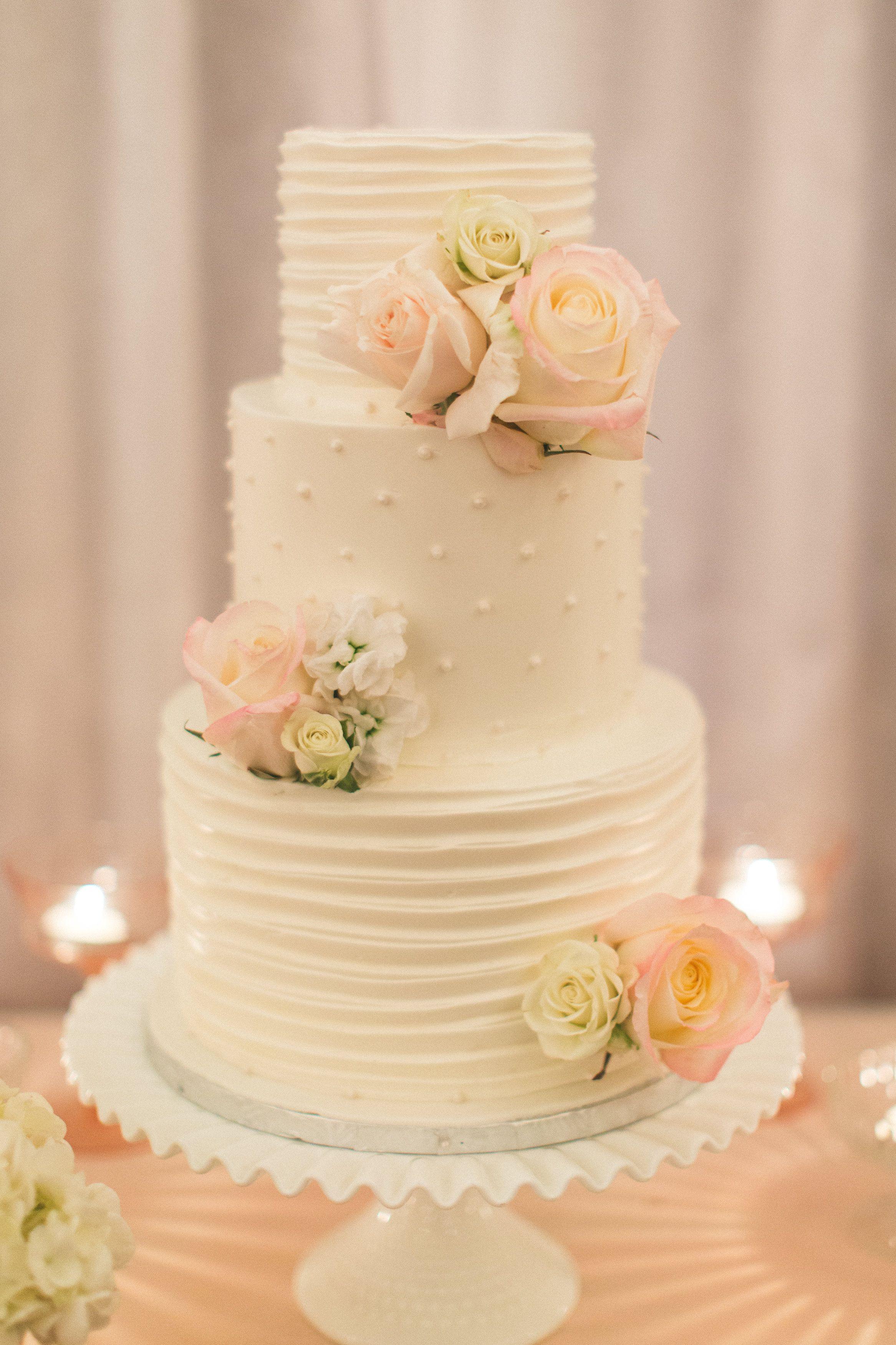 Buttercream Wedding Cakes  Best 25 Wedding cake fresh flowers ideas on Pinterest