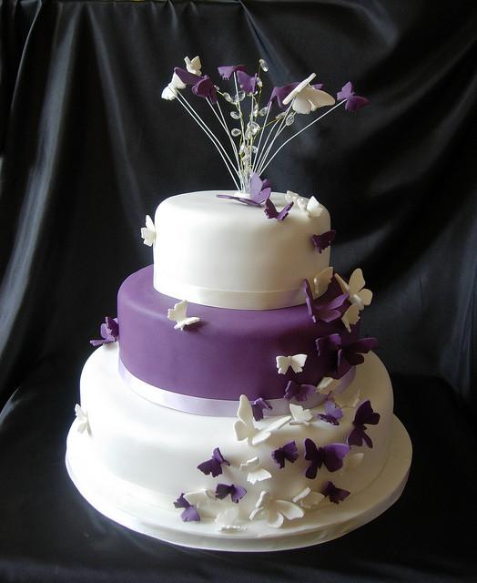 Butterfly Wedding Cakes  purple butterfly wedding cake