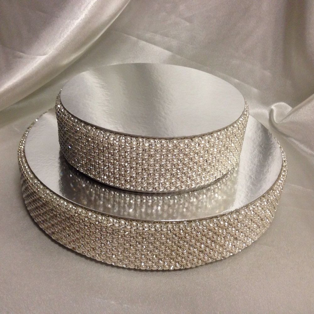 Cake Risers Wedding Cakes  Pearl & real crystal cake separator riser for use