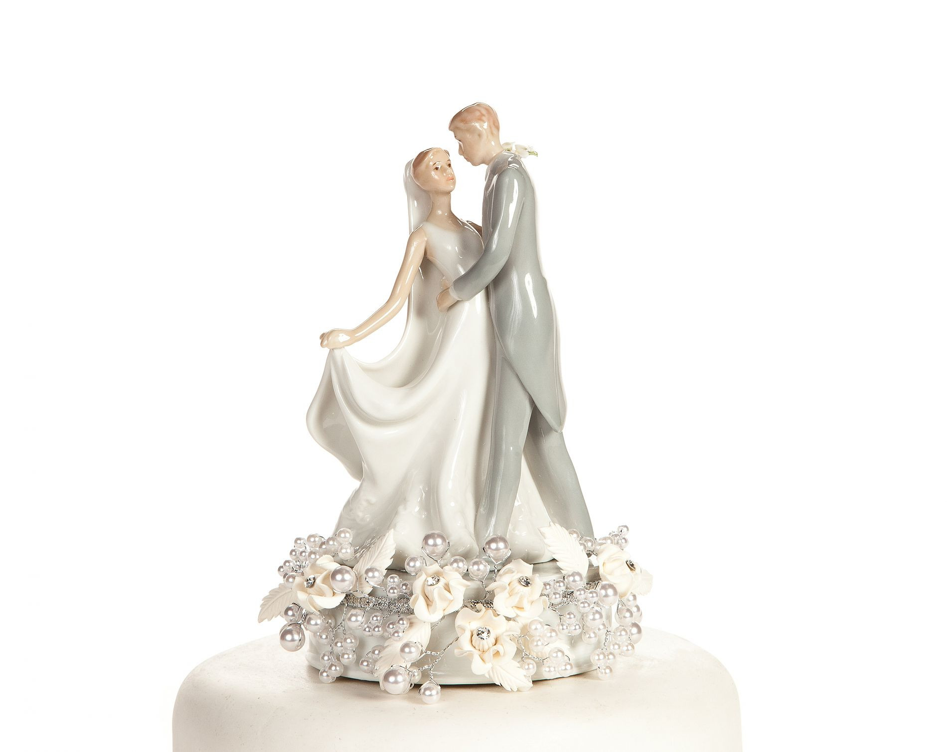Cake Toppers For Wedding Cakes  10 ways to find best Wedding cake toppers idea in 2017