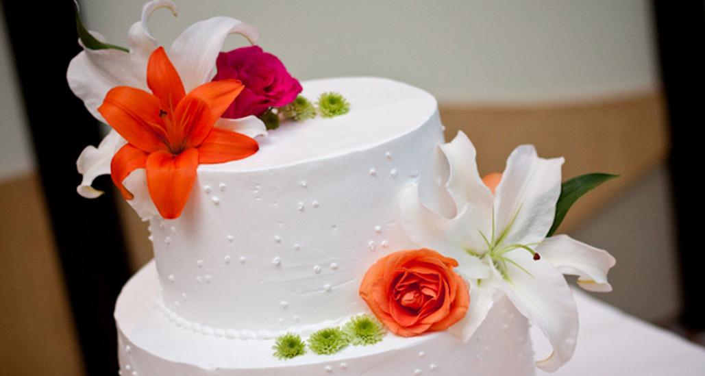 Carribean Wedding Cakes  Caribbean wedding cake idea in 2017