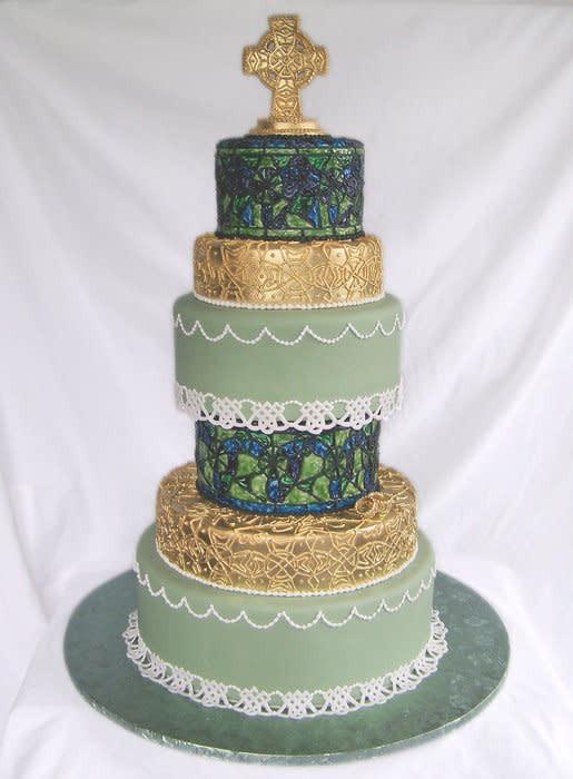 Celtic Wedding Cakes  Celtic Wedding cake by TrulyCustom CakesDecor