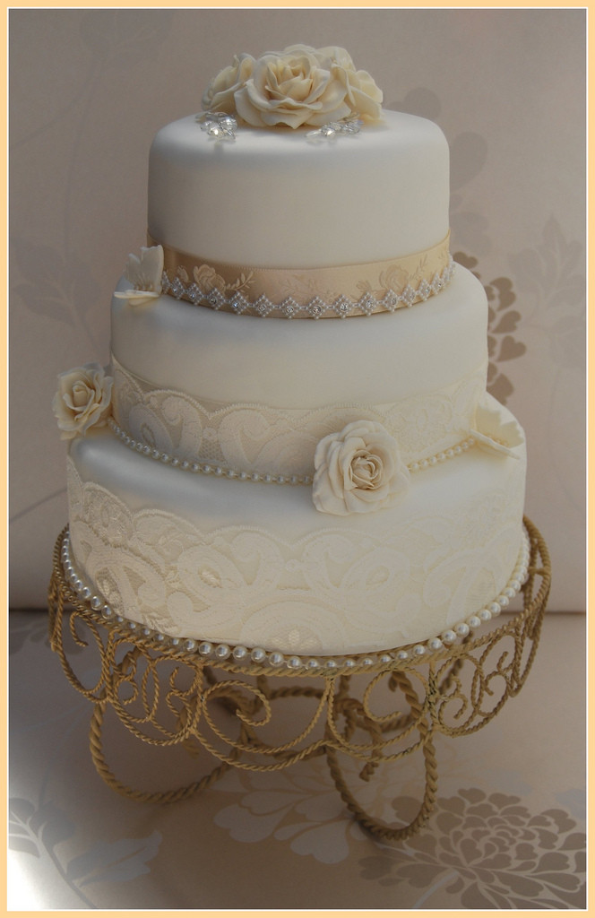 Champagne Coloured Wedding Cakes  WHITE AND CHAMPAGNE VINTAGE WEDDING CAKE LACE DIAMANTE