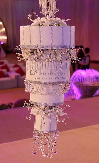 Chandelier Wedding Cakes  25 best ideas about Chandelier Cake on Pinterest