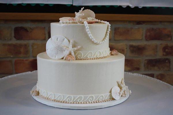 Charleston Wedding Cakes  DeClareCakesCharlestonSCWeddingCakeShell2