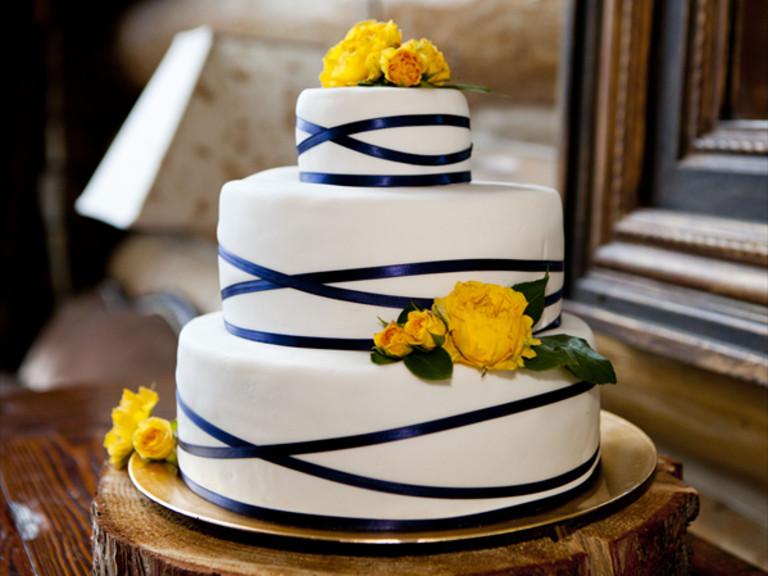 Charleston Wedding Cakes  South Carolina Weddings