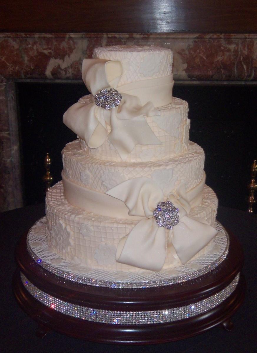 Charleston Wedding Cakes  Artistic Cakes by Linda Wedding Cake South Carolina