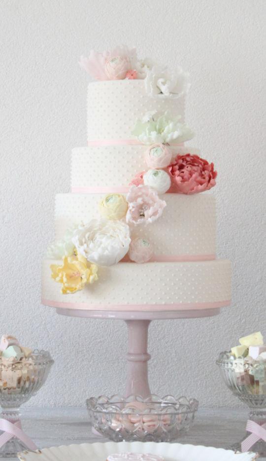Charlotte Wedding Cakes  Charlotte Wedding cake Cake by Tatiana Diaz Posh Tea