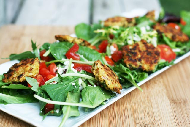 Cheap Healthy Salads  Healthy Falafel Salad with Feta Cheese and Tomatoes