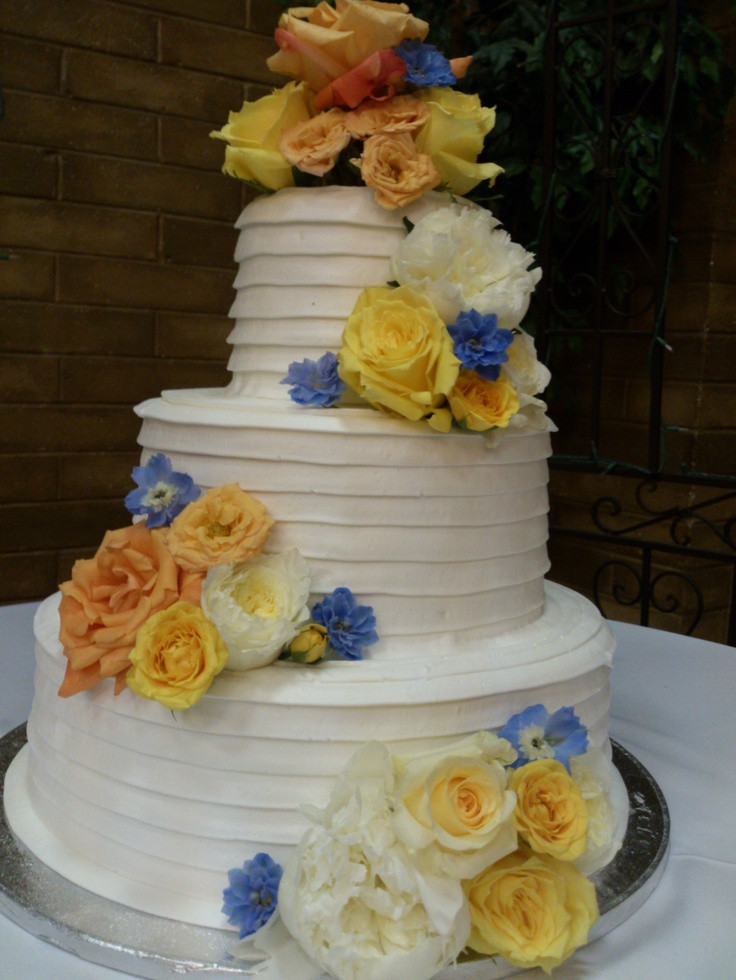 Cheap Wedding Cakes Prices  Awesome wedding cakes cheap idea in 2017