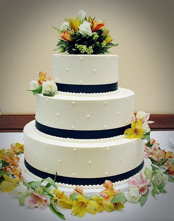 Cheap Wedding Cakes  Inexpensive wedding cake ideas idea in 2017
