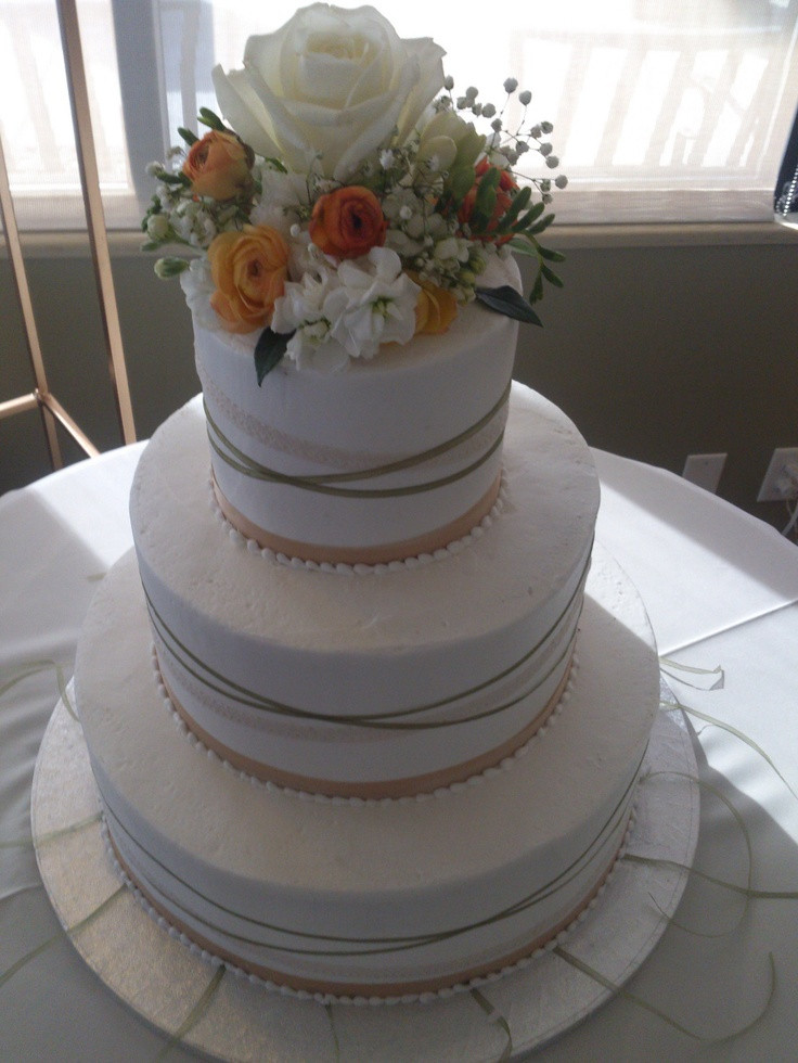Cheap Wedding Cakes Utah  1000 images about Awesome Wedding Cakes Cheap on