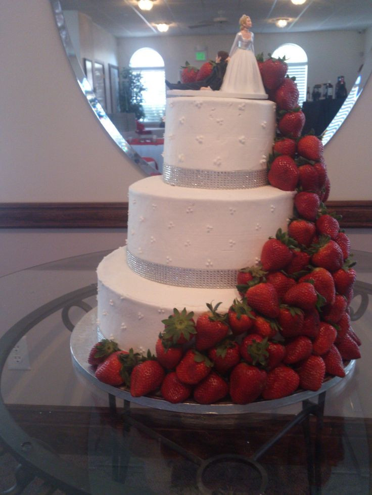 Cheap Wedding Cakes Utah  32 best engagements bridal&groomals I want images on