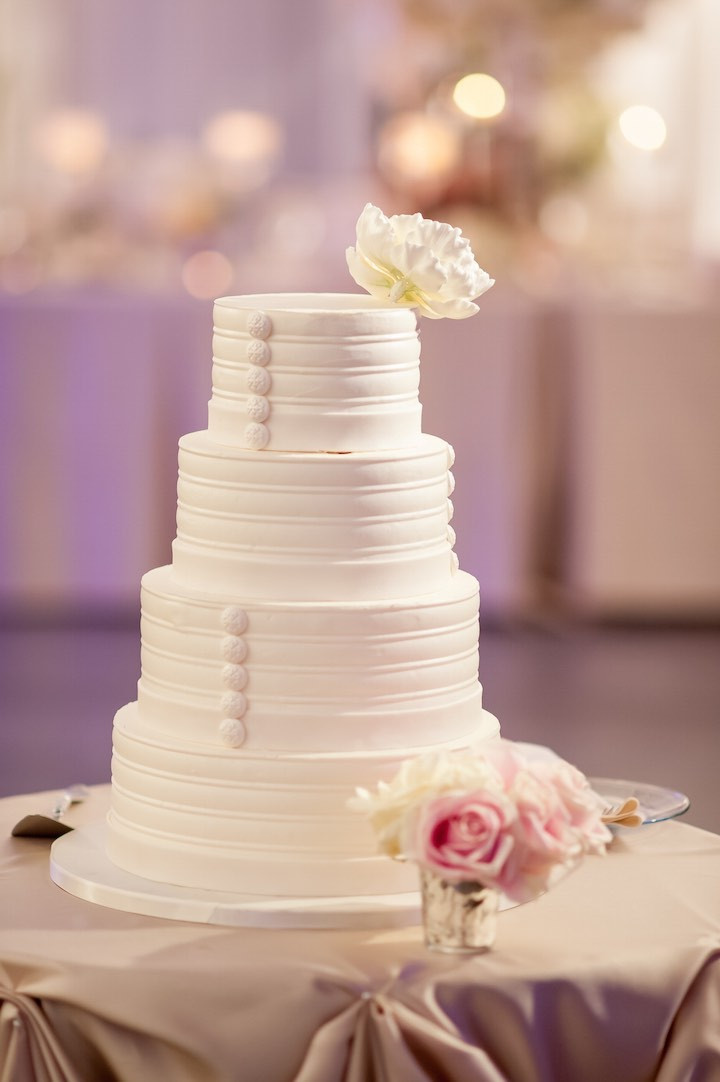 Chicago Wedding Cakes Best 20 Elegantly Chic Chicago Wedding Modwedding