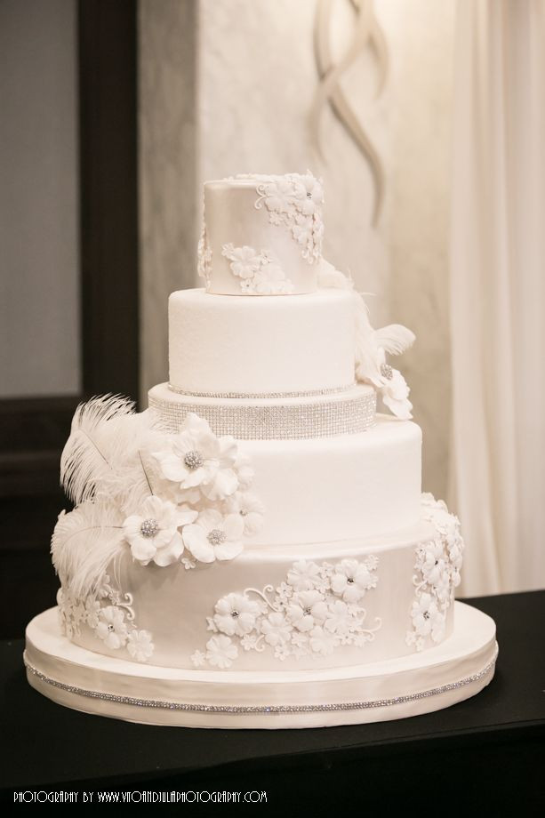 Chicago Wedding Cakes  Chicago wedding cakes idea in 2017